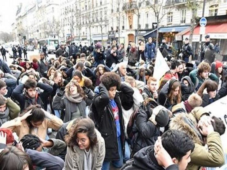 """احتشاد المصلين في باريس من أجل قداس عيد الفصح بعد أيام من حريق """"نوتردام"""""""