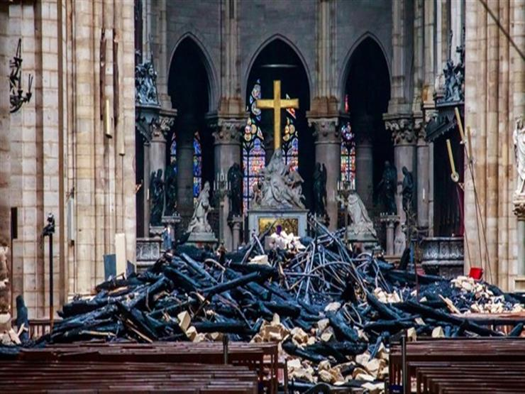 """وزير فرنسي: كاتدرائية نوتردام """"تم إنقاذها تقريبًا"""" بعد الحريق"""