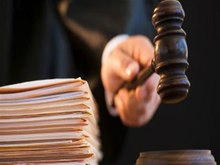 """تأجيل إعادة محاكمة 47 متهمًا في قضية """"اقتحام قسم التبين"""" لـ12 مايو"""