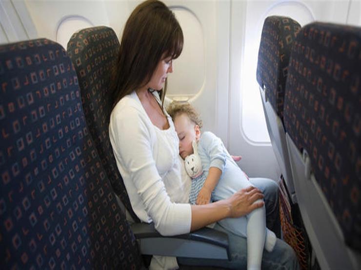 تحذير من سفر حديثي الولادة بالطائرة