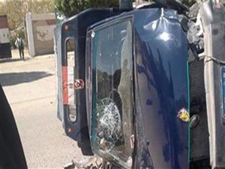 مصرع مجند وإصابة 6 آخرين في انقلاب سيارة شرطة ببني سويف