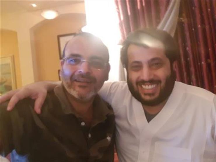 """تركي آل الشيخ يكشف عن تعاون سينمائي يجمعه بـ""""أيمن بهجت قمر"""""""