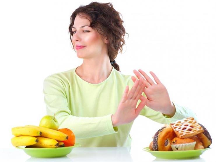 منها الشيبسي والمكرونة.. 13 نوعا من الأطعمة تفسد حميتك الغذائية