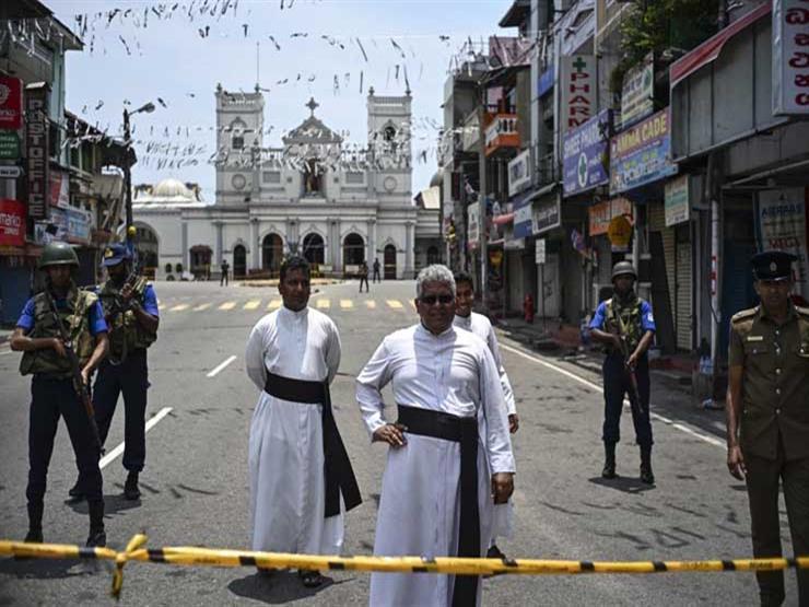 """حول العالم في 24 ساعة: سريلانكا تعثر على متفجرات وشعار """"داعش"""" في عملية مداهمة"""