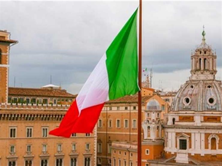 خلاف علني بين طرفي الغالبية الحاكمة في إيطاليا