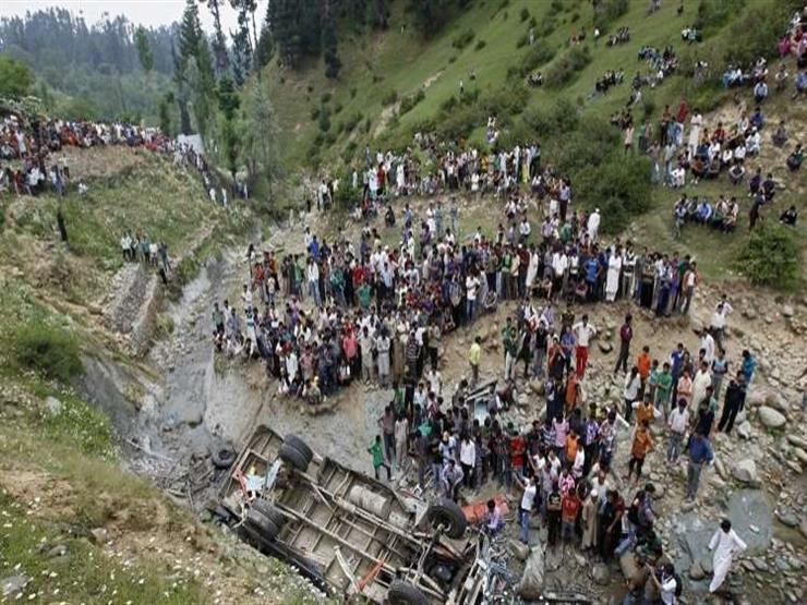 مقتل 12 شخصا جراء سقوط حافلة في واد ضيق شمالي الهند