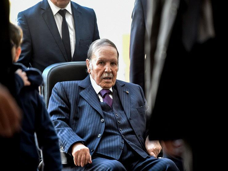 Algerian parties: Bouteflika's resignation is a first step towards change