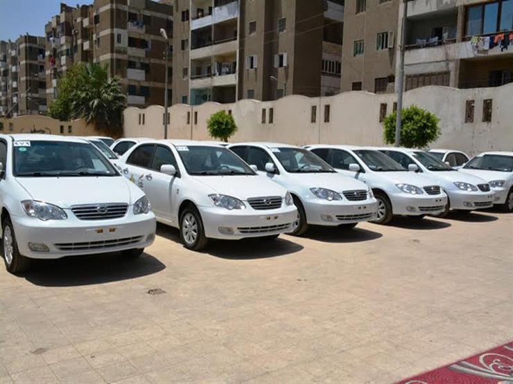 """اليوم.. قرعة علنية لتوزيع 50 رخصة """"تاكسي"""" في السويس (صور)"""