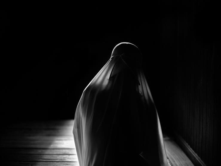 صلاة المرأة في رمضان أفضل في البيت أم المسجد؟.. الجفري يوضح