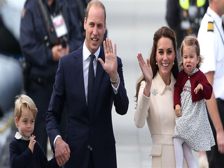 ملابس سوداء وعينات دم.. ما لم تعرفه عن رحلات العائلة المالكة البريطانية