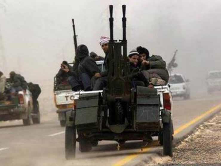 """رويترز: مجموعات مسلحة ليبية تتحرك نحو طرابلس """"للدفاع عنها"""""""
