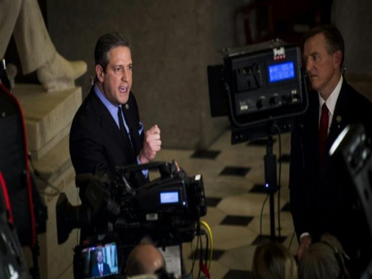 مرشح ديموقراطي جديد يدخل السباق إلى البيت الأبيض