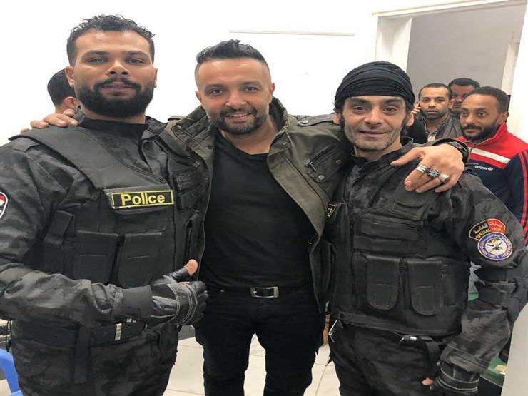 """بالصور- أحمد عبدالله محمود بملابس العمليات الخاصة في كواليس """"الهجام"""""""
