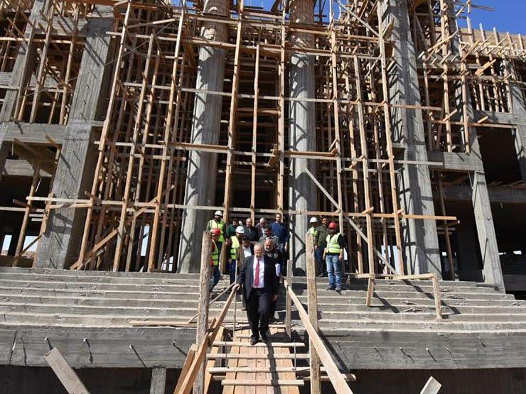 الخشت يكشف موعد انطلاق العملية التعليمية في جامعة القاهرة الدولية