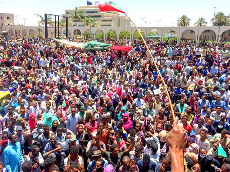 شهود عيان: حريق في مقر القيادة العامة للجيش السوداني