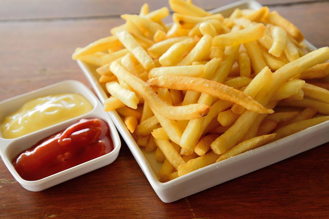 لا تتناولها في طقس اليوم.. أطعمة ترفع حرارة جسمك (صور)