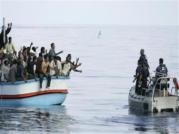 الشرطة القبرصية تنقذ 14 مهاجرًا من الغرق في البحر المتوسط
