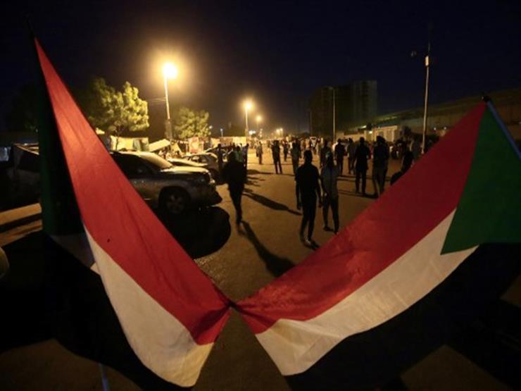 السودان: مجهولون يعتدون على الذاهبين إلى اعتصام الخرطوم وسط إطلاق نار