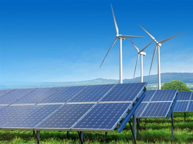 شركات سعودية تضخ مليارات الدولارات في مشروعات الطاقة المتجددة بمصر