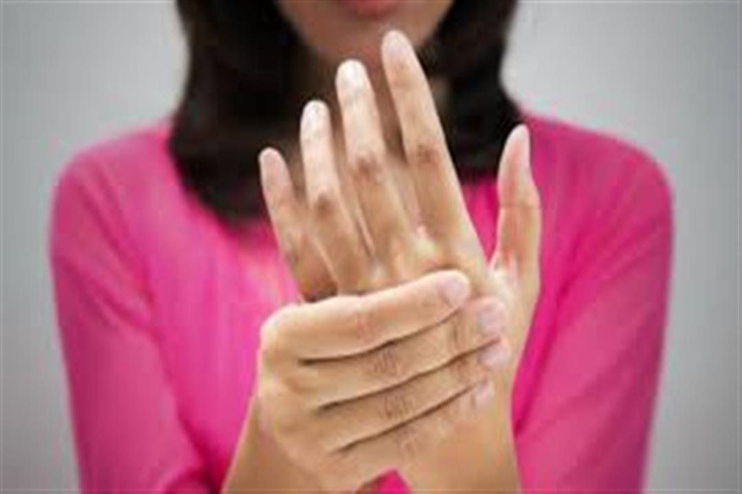 علامة في اليد تحميك من فيروس كورونا.. هل تظهر لديك؟