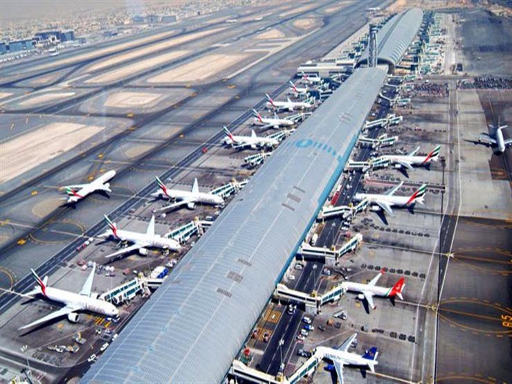 حول العالم في 24 ساعة.. عودة حركة الطيران لمطار دبي بعد سقوط طائرة صغيرة