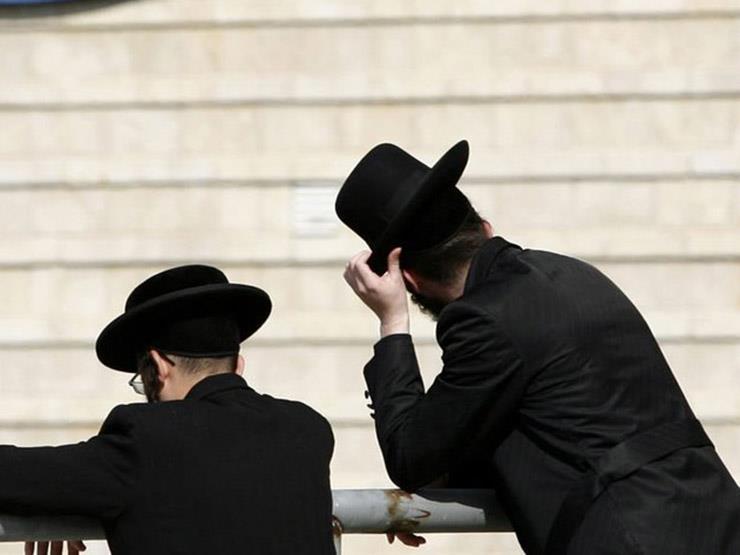 """حزب فرنسي يعزل أحد أعضائه لظهوره بزي يهودي على """"التواصل الاجتماعي"""""""