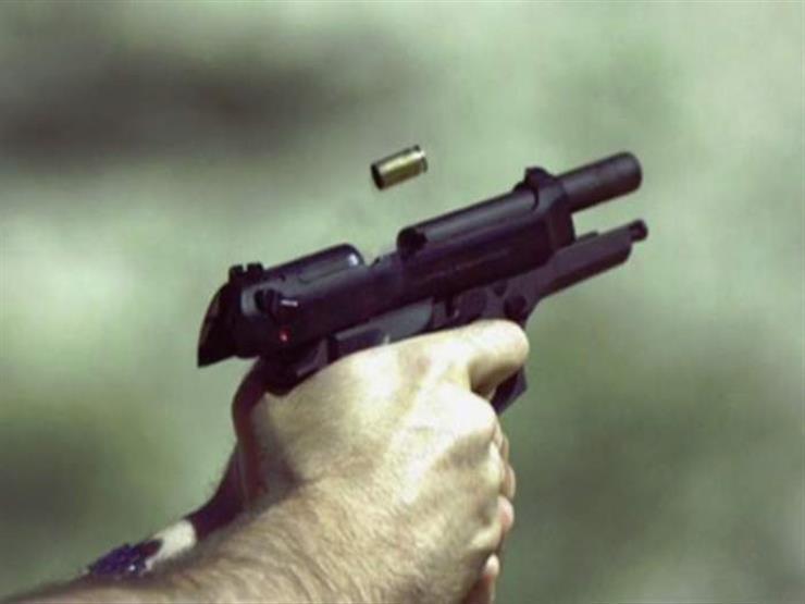 """""""رصاصة وهو نايم"""".. لغز مقتل مزارع في منشأة القناطر"""