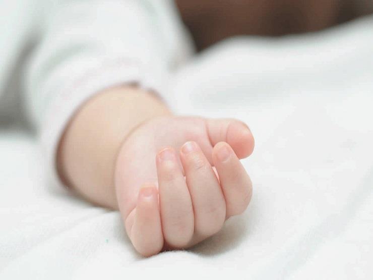 جهود مُكثفة لكشف ملابسات العثور على جثة طفل رضيع بالبساتين