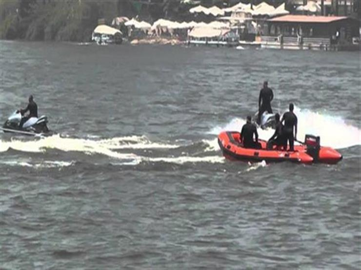 """""""استغاثة في نص النيل"""".. إنقاذ قائد مركب من الغرق بالجيزة"""