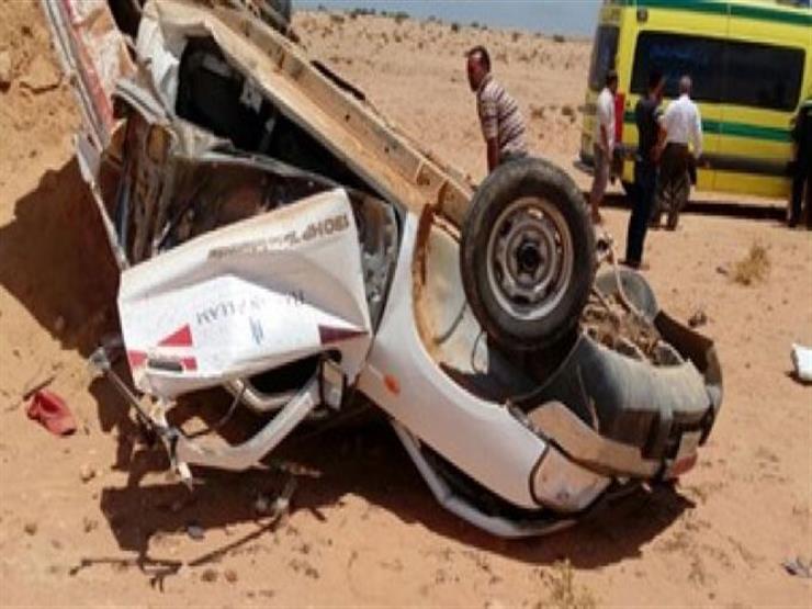 مصرع 2 في انقلاب سيارة على الطريق الصحراوي الغربي بأسوان