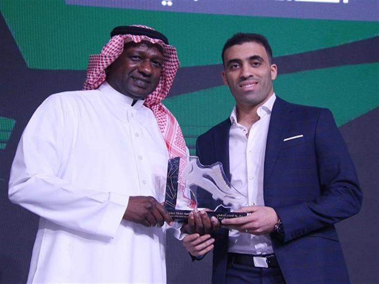 بعد لقب الهداف التاريخي.. المغربي حمد الله يتوج بجائزة الأفضل في الدوري السعودي