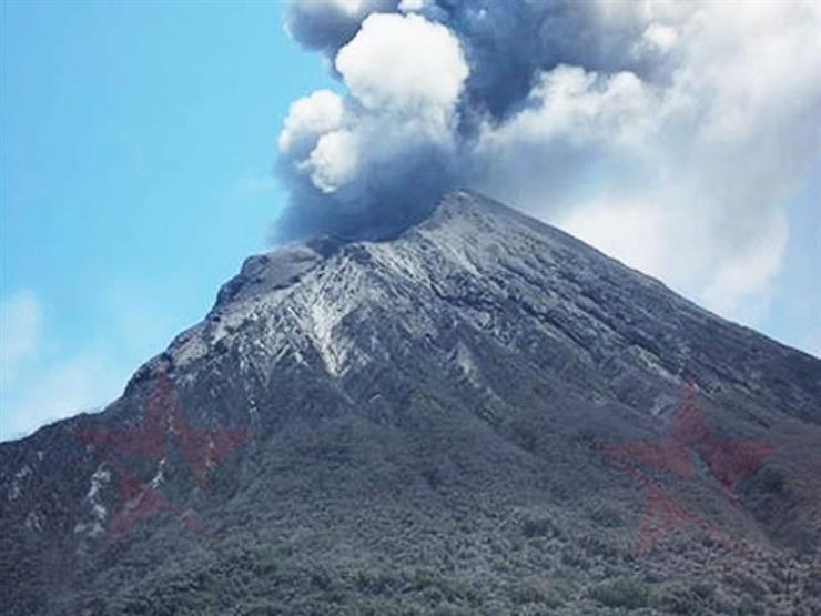 """رفع مستوى التحذير من بركان جبل """"هاكون"""" في اليابان"""