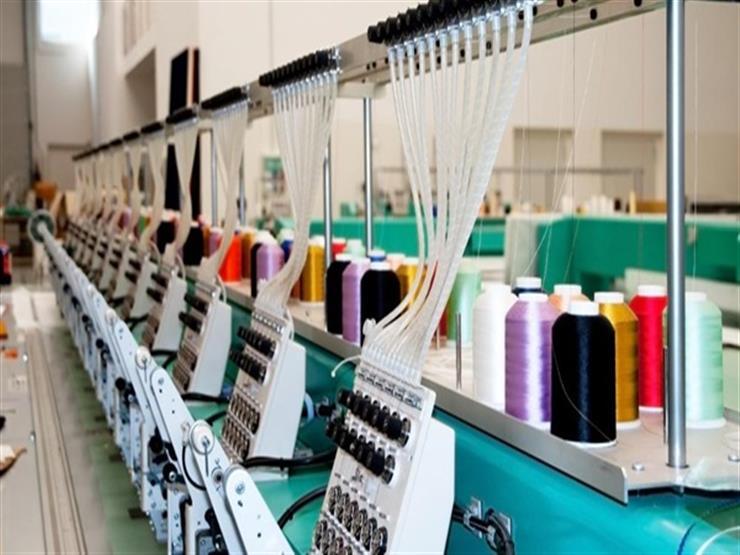 الصناعة تبحث إقامة معرض تجاري دولي للصناعات النسيجية في مصر