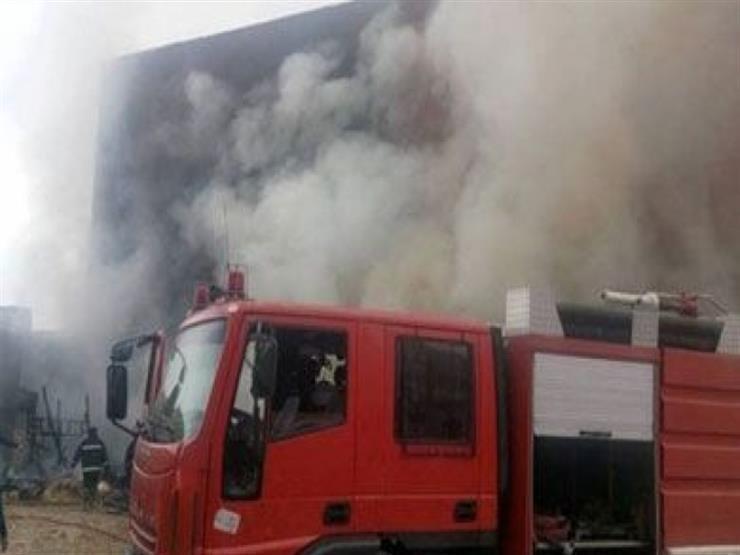 السيطرة على حريق داخل مصنع بلاستيك في شبرا الخيمة