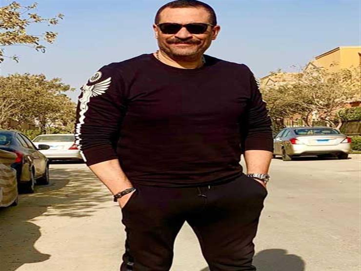 """بالفيديو.. ماجد المصري يحتفل بتخرج ابنه """"آدم"""""""