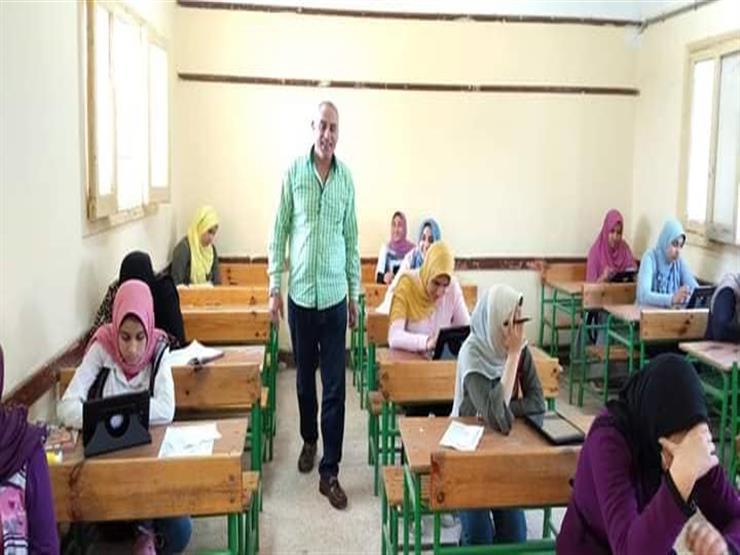 التعليم: 99% من طلاب المدارس الحكومية المجهزة أدوا امتحان اللغة الثانية إلكترونيًا