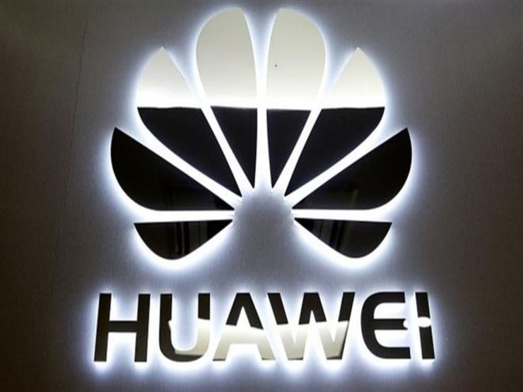 """مؤسس """"هواوي"""" يعارض ردا صينيا يستهدف """"آبل"""" الأمريكية"""