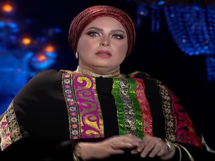 بالفيديو  بسبب الباروكة.. صابرين تنفعل على شيخ الحارة