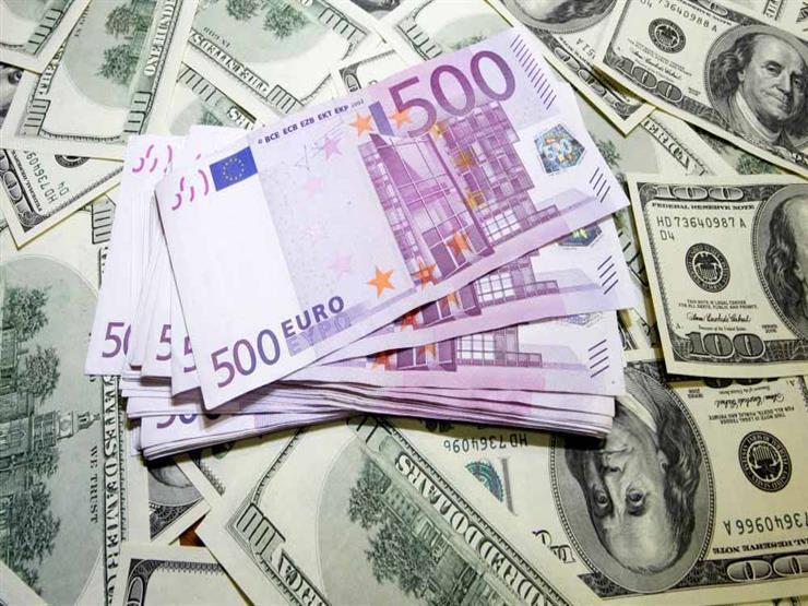 الدولار في أعلى مستوى خلال شهر عالميا وسط ضبابية في أوروبا وآسيا