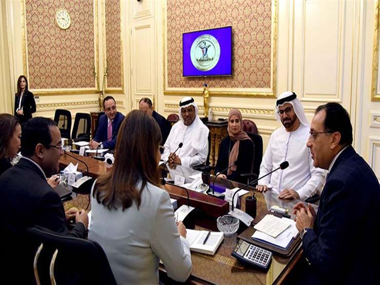 رئيس الوزراء يبحث مع وفد إماراتي التعاون في مجال التطوير والإصلاح الإداري