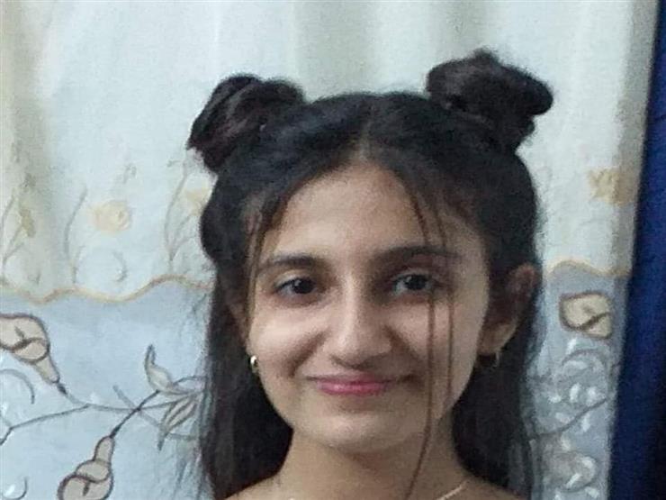 صور.. طالبة أسوانية تفوز في المسابقة الفنية لمنظمة الصحة العالمية
