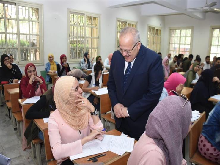  الطلاب بخير .. رئيس جامعة القاهرة يتفقد الامتحانات: لم نتل   مصراوى