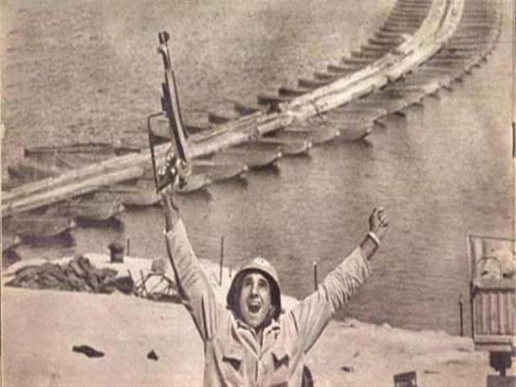 """محافظ سوهاج يطلق اسم صاحب صورة """"حرب أكتوبر"""" على ميدان"""