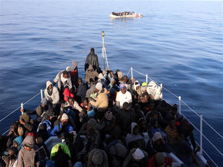 البحرية الليبية تنقذ 290 مهاجراً في البحر شرق طرابلس