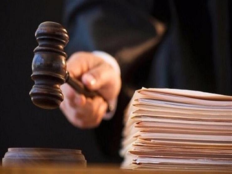 اليوم.. محاكمة 8 متهمين بالاستيلاء على مليوني جنيه من البنوك