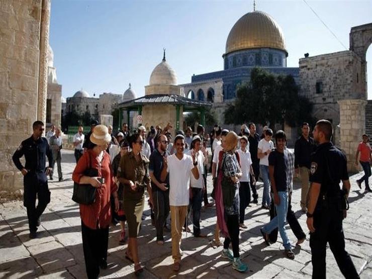 مستوطنون يقتحمون الأقصى بحراسة مشددة من الاحتلال الإسرائيلي