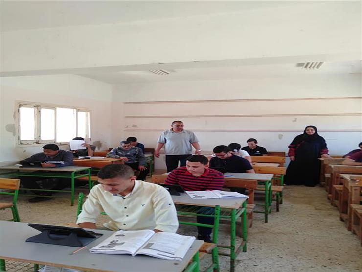 امتحان أولى ثانوي| شكاوى في جنوب سيناء.. و93% معدل الدخول الإلكتروني