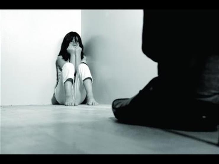 عامل يتهم صيدليًا بالتحرش بطفلته في الدقهلية