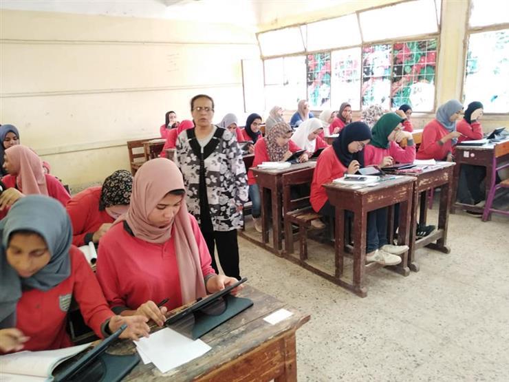 التعليم: 91.4% نسبة النجاح بالصف الأول الثانوي