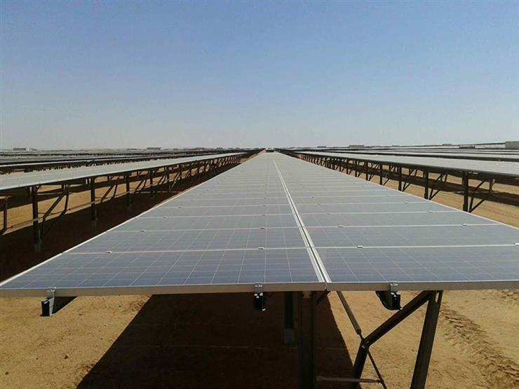 غدًا.. رئيس البنك الدولي و3 وزراء يتفقدون مشروع الطاقة الشمسية بأسوان
